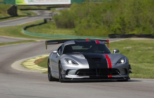 Dodge Viper ACR, cea mai performantă versiune a sportivei, se prezintă - Poza 7