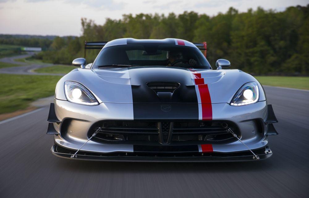 Dodge Viper ACR, cea mai performantă versiune a sportivei, se prezintă - Poza 1