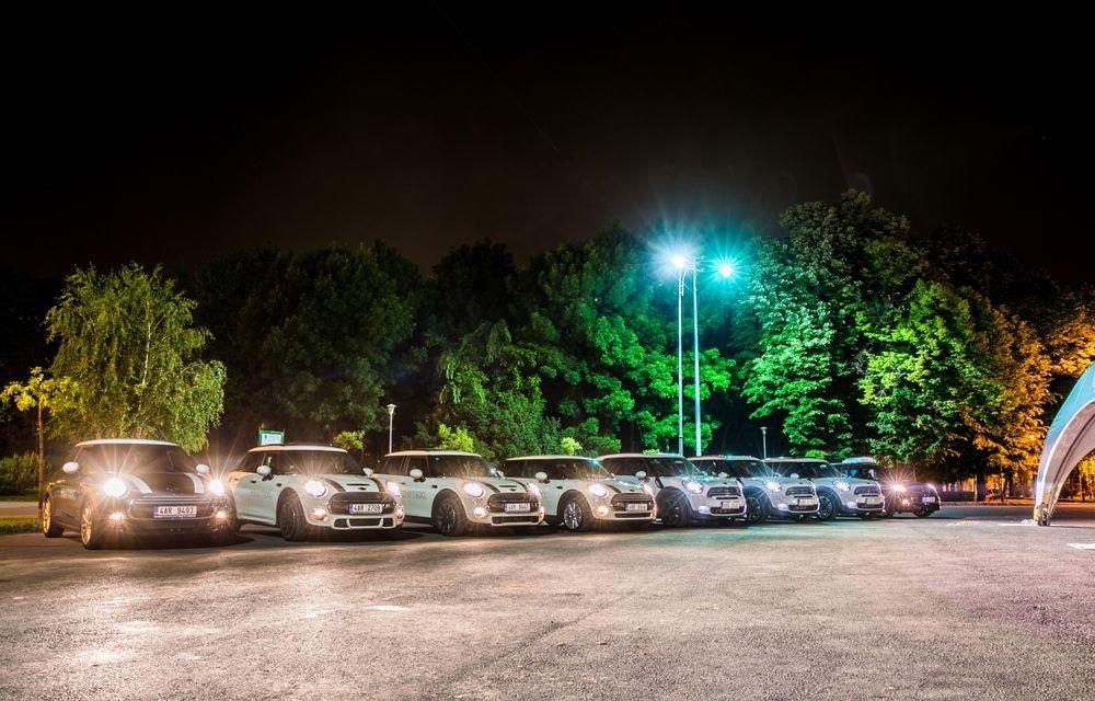 MINI Taxi a transportat peste 500 de pasageri la Noaptea Muzeelor 2015 - Poza 3