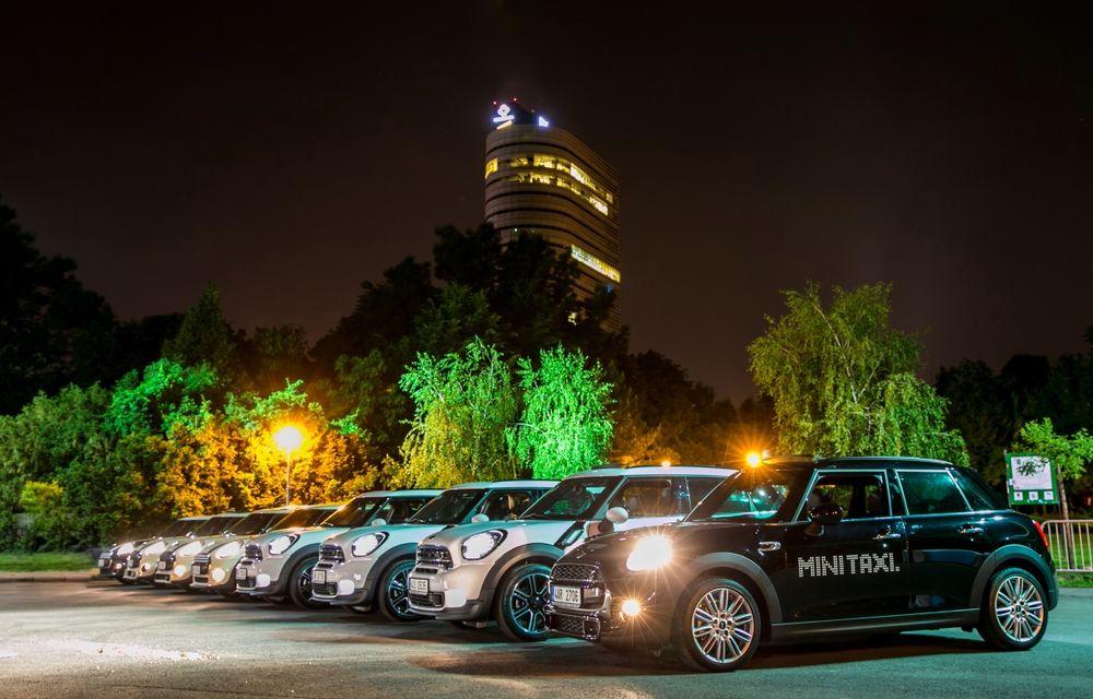 MINI Taxi a transportat peste 500 de pasageri la Noaptea Muzeelor 2015 - Poza 4