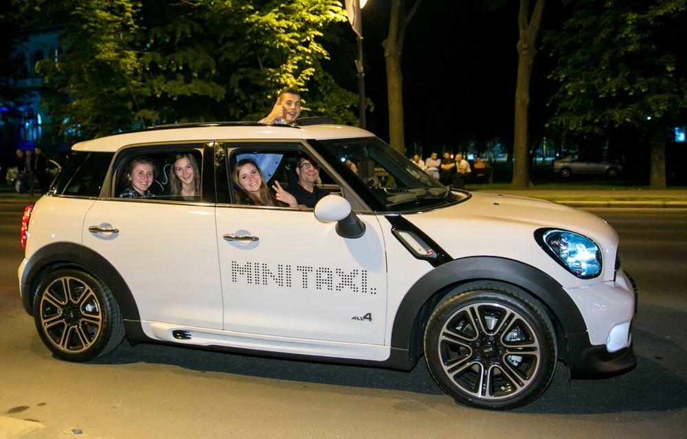 MINI Taxi a transportat peste 500 de pasageri la Noaptea Muzeelor 2015 - Poza 5