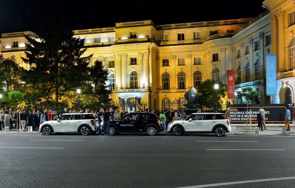 MINI Taxi a transportat peste 500 de pasageri la Noaptea Muzeelor 2015 - Poza 8