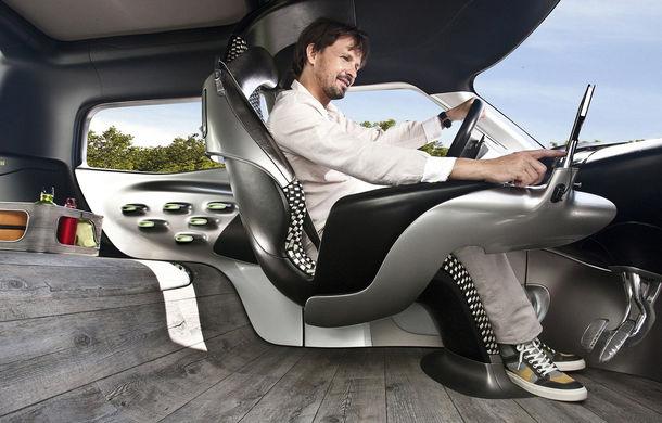 """Mașinile viitorului vor renunța la plasticul din interior. """"Nimeni nu-și amenajează casa cu bucăți din plastic"""", spun designerii Ford - Poza 1"""