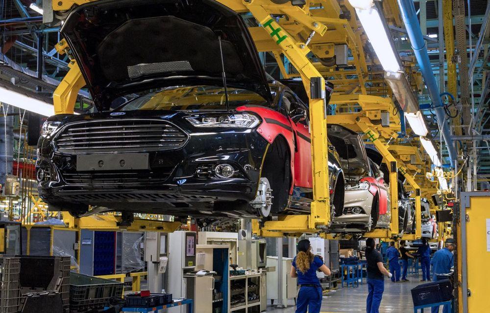 Ford a început producţia modelelor Mondeo, S-Max şi Galaxy Vignale la uzina din Valencia - Poza 1