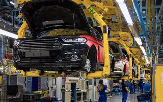 Ford a început producţia modelelor Mondeo, S-Max şi Galaxy Vignale la uzina din Valencia