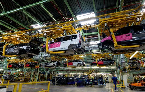 Ford a început producţia modelelor Mondeo, S-Max şi Galaxy Vignale la uzina din Valencia - Poza 3