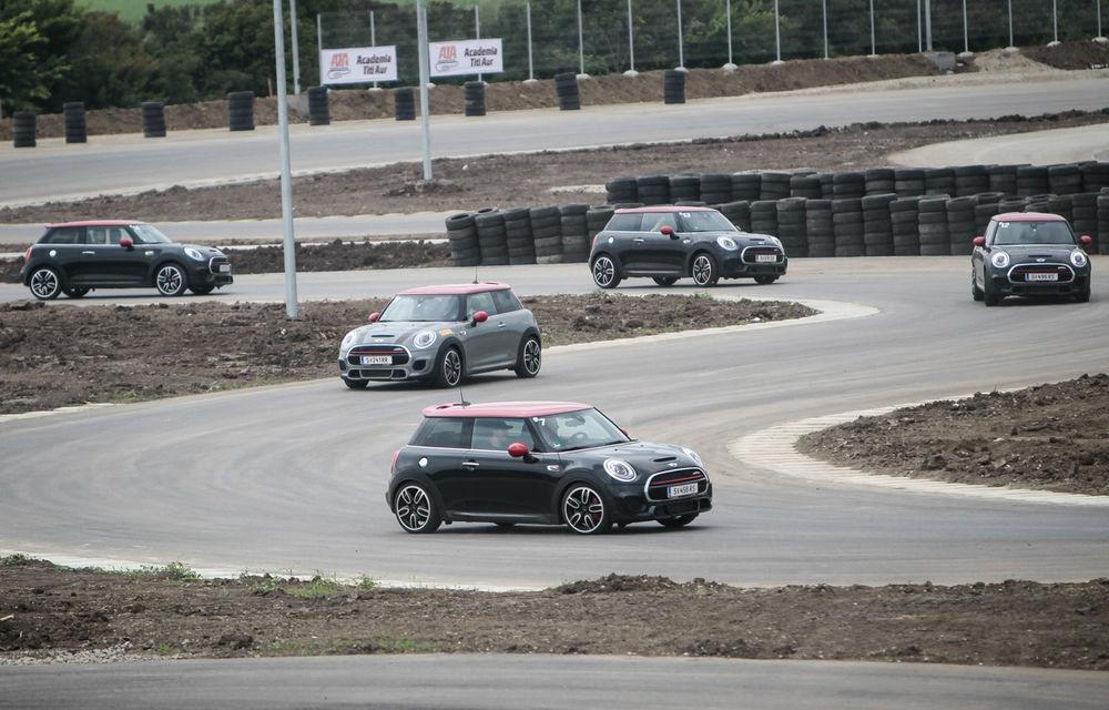 Noul Mini John Cooper Works e disponibil în România: cel mai puternic Mini al noii generaţii costă 32.550 de euro - Poza 10