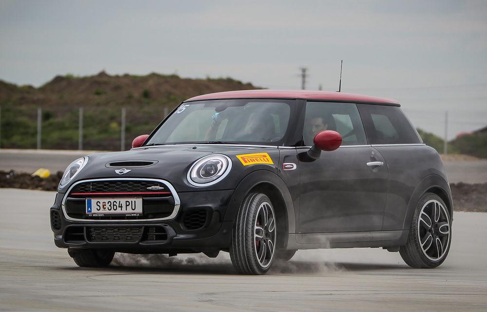 Noul Mini John Cooper Works e disponibil în România: cel mai puternic Mini al noii generaţii costă 32.550 de euro - Poza 4
