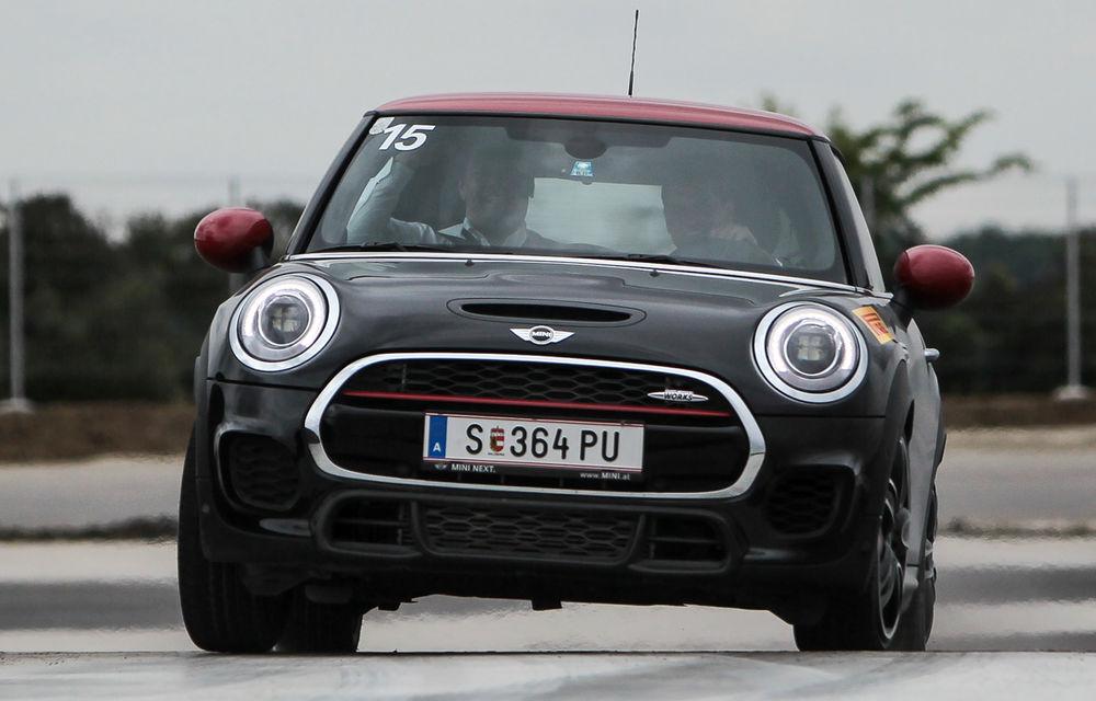 Noul Mini John Cooper Works e disponibil în România: cel mai puternic Mini al noii generaţii costă 32.550 de euro - Poza 9