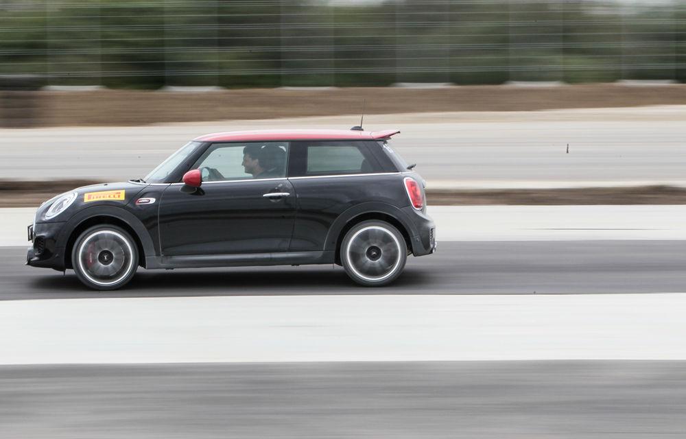 Noul Mini John Cooper Works e disponibil în România: cel mai puternic Mini al noii generaţii costă 32.550 de euro - Poza 8