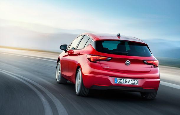 Noul Opel Astra: primele imagini și informații oficiale cu noua generație a modelului compact german - Poza 12