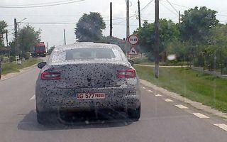 Renault testează în România înlocuitorul lui Laguna