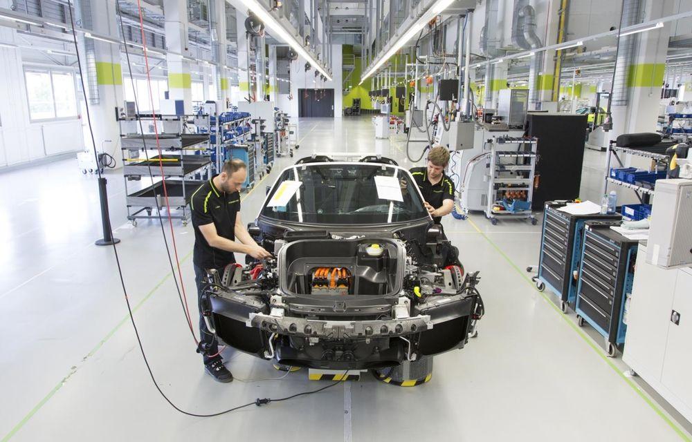 Porsche a epuizat producția lui 918 Spyder - Poza 2