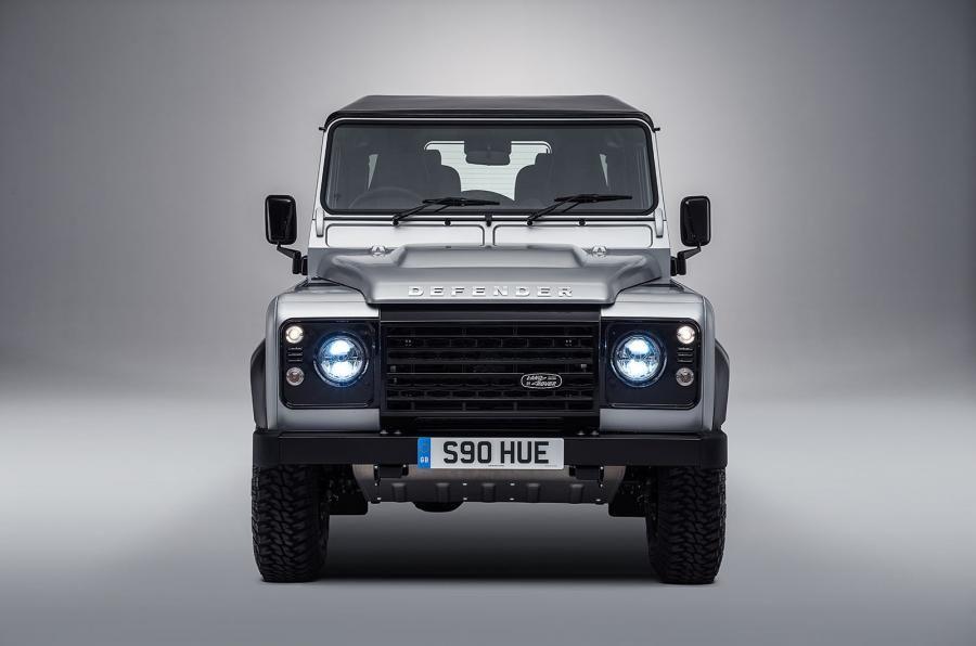 Land Rover Defender a ajuns la borna două milioane chiar în anul de adio - Poza 3
