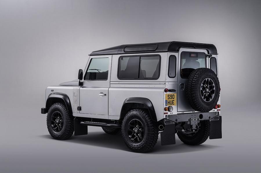 Land Rover Defender a ajuns la borna două milioane chiar în anul de adio - Poza 6