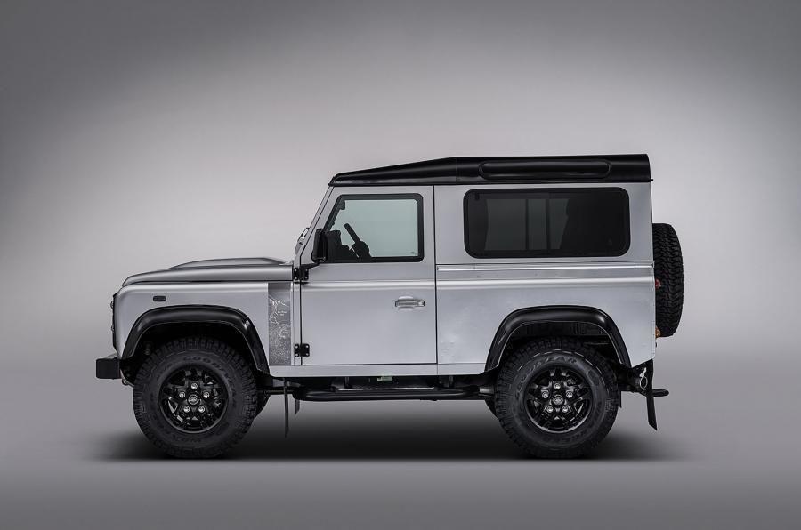 Land Rover Defender a ajuns la borna două milioane chiar în anul de adio - Poza 5