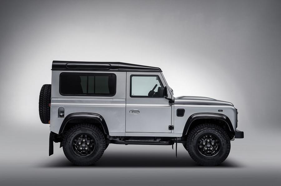 Land Rover Defender a ajuns la borna două milioane chiar în anul de adio - Poza 4
