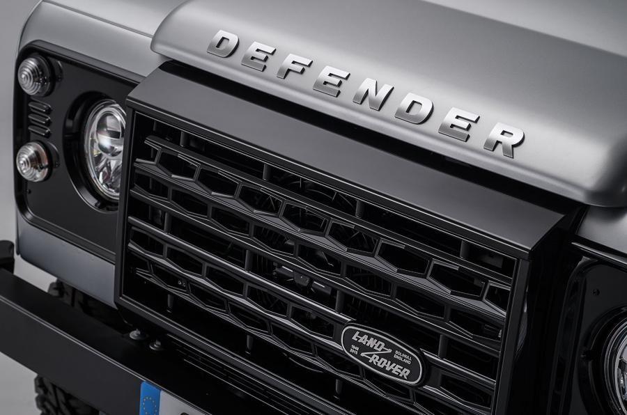 Land Rover Defender a ajuns la borna două milioane chiar în anul de adio - Poza 9
