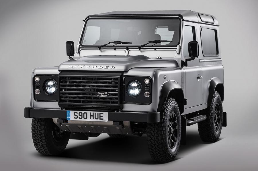 Land Rover Defender a ajuns la borna două milioane chiar în anul de adio - Poza 2