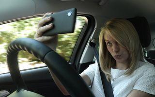 Studiu: selfie-urile la volan, mai periculoase decât SMS-urile