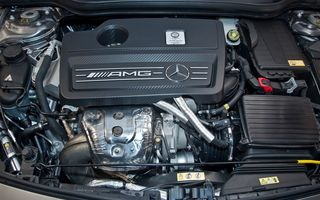 """Mercedes-Benz: """"Sistemul de injecție cu apă anunțat de BMW este prea complex și nu îl vom implementa în serie"""""""