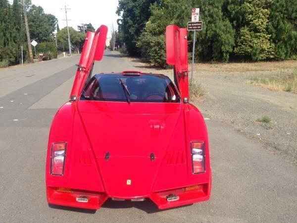 Cea mai urâtă copie de Ferrari din lume este de vânzare pentru 5.500 de dolari - Poza 5
