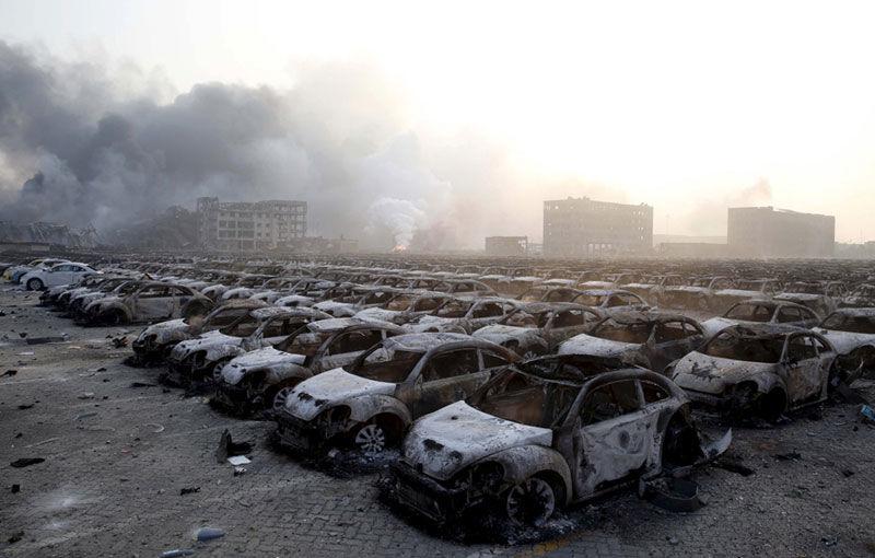 Hyundai, Renault și Volkswagen au pierdut aproape 10.000 de mașini în explozia chimică din portul Tianjin - Poza 1