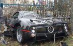 Accident stupid cu un Pagani Zonda: șoferul își regla scaunul în mers și a apăsat accelerația din greșeală