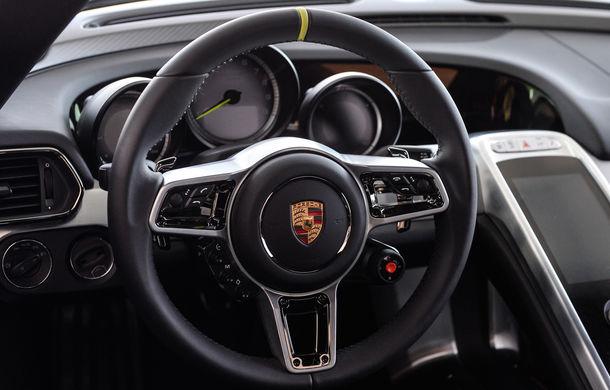 Galeria Țiriac Collection s-a îmbogățit cu un nou exponat: Porsche 918 Spyder - Poza 28