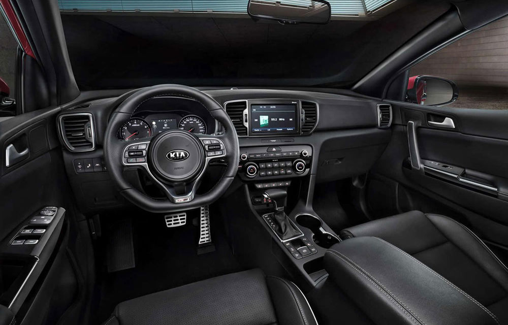 Noul Kia Sportage: primele imagini cu interiorul și primele detalii tehnice - Poza 1