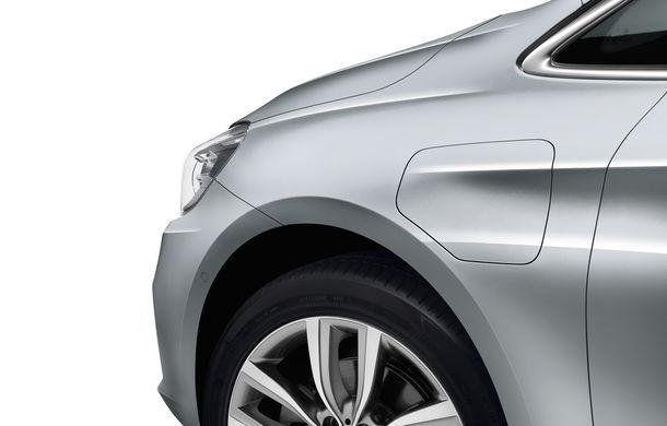 BMW 225xe Active Tourer este primul monovolum plug-in hybrid produs de marca bavareză - Poza 8