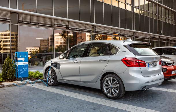 BMW 225xe Active Tourer este primul monovolum plug-in hybrid produs de marca bavareză - Poza 19