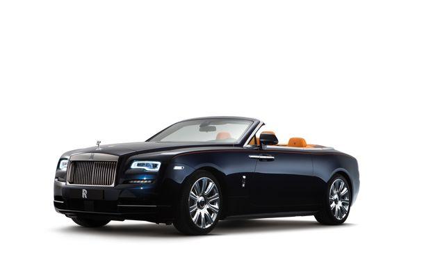 Rolls-Royce Dawn: imaginile și informațiile oficiale ale celui mai seducător model al englezilor - Poza 1
