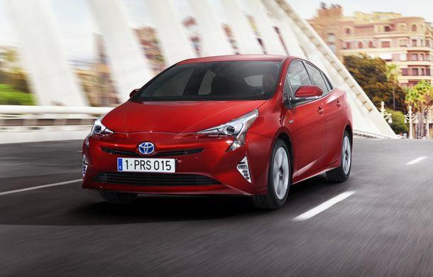 Toyota Prius a primit o nouă generație: primele imagini și informații oficiale - Poza 1
