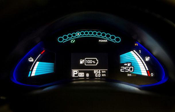 Nissan Leaf primeşte un update pentru 2016: autonomia creşte la 250 de kilometri - Poza 8