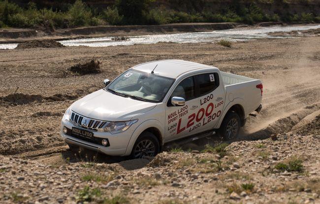 Test drive Mitsubishi  L200 4 usi