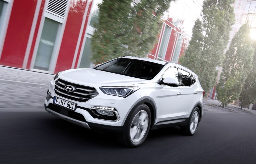 Hyundai Santa Fe facelift: SUV-ul coreenilor se adaptează la limbajul stilistic al mărcii - Poza 1