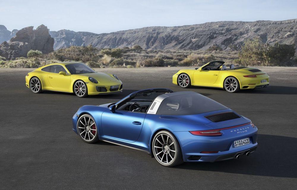 Porsche a aplicat facelift-ul lui 911 și pe variantele cu tracțiune integrală - Poza 1