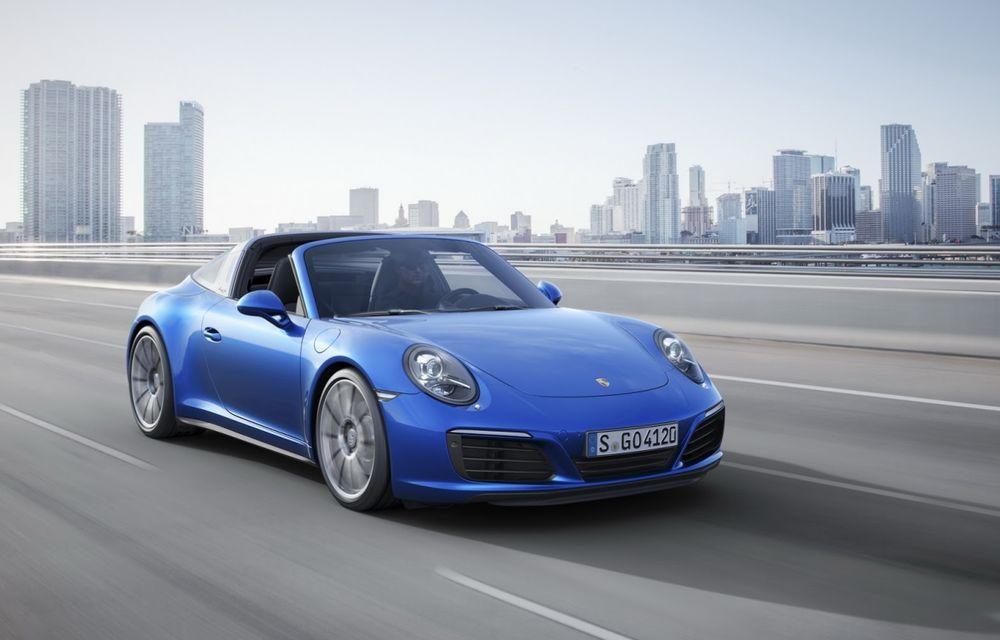 Porsche a aplicat facelift-ul lui 911 și pe variantele cu tracțiune integrală - Poza 5