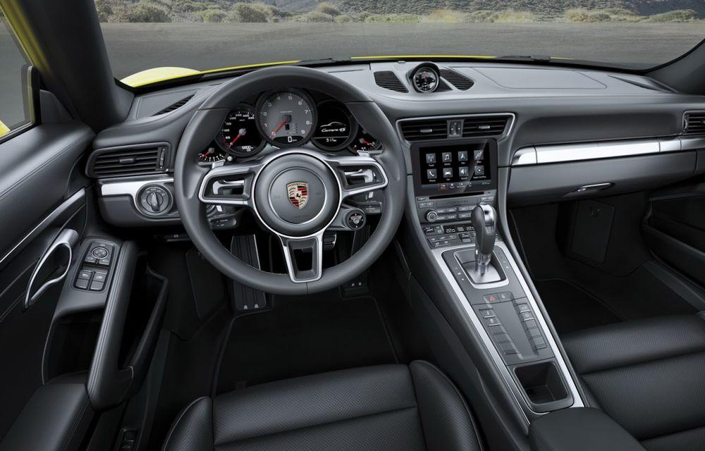 Porsche a aplicat facelift-ul lui 911 și pe variantele cu tracțiune integrală - Poza 9