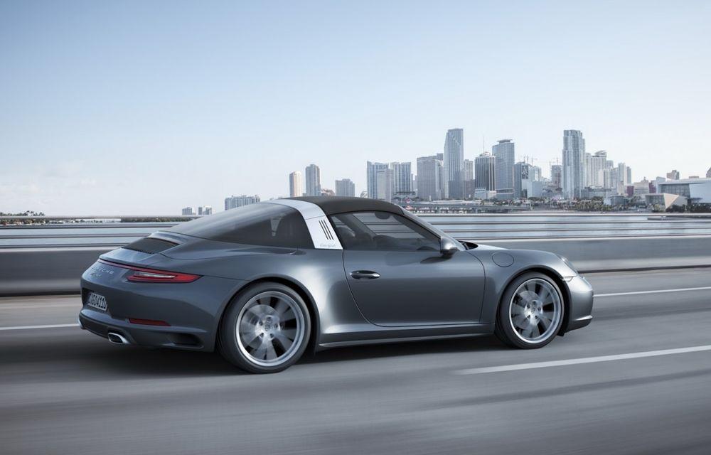 Porsche a aplicat facelift-ul lui 911 și pe variantele cu tracțiune integrală - Poza 7