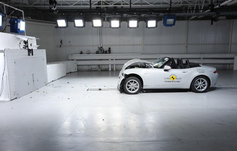 Teste de siguranţă: 5 stele pentru noul Tucson, 4 stele pentru Mazda MX-5 şi Opel Karl - Poza 3