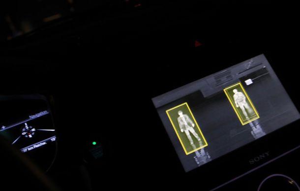 Viitorul farurilor Ford - Spot Light System: ce este și cum funcționează? - Poza 2