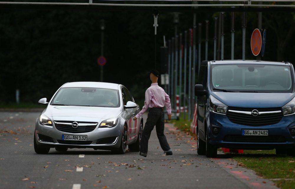 Opel prezintă prototipul unui Insignia capabil să evite singur accidentele - Poza 1