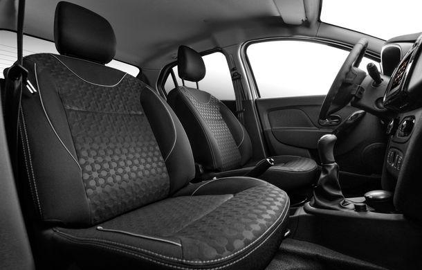 Dacia lansează Logan Prestige, noua echipare de top: climatizare automată, comenzi pe uși, jante de 16 inch și semnalizatoare pe oglinzi - Poza 8