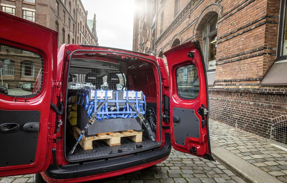 Mercedes-Benz Citan, fratele german al lui Renault Kangoo, primește un motor 1.2 benzină turbo și o transmisie automată - Poza 20