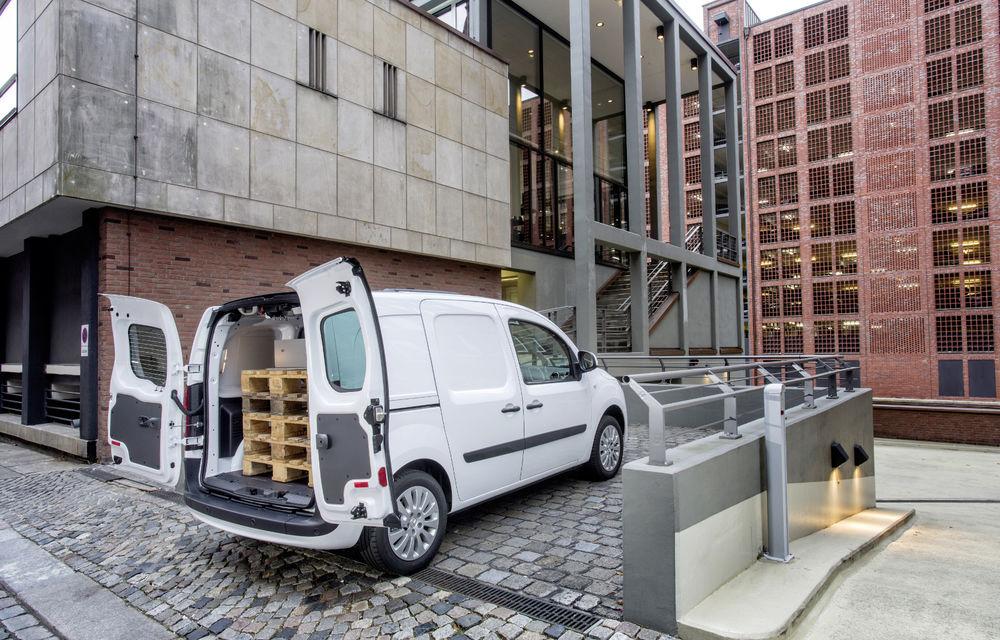 Mercedes-Benz Citan, fratele german al lui Renault Kangoo, primește un motor 1.2 benzină turbo și o transmisie automată - Poza 22