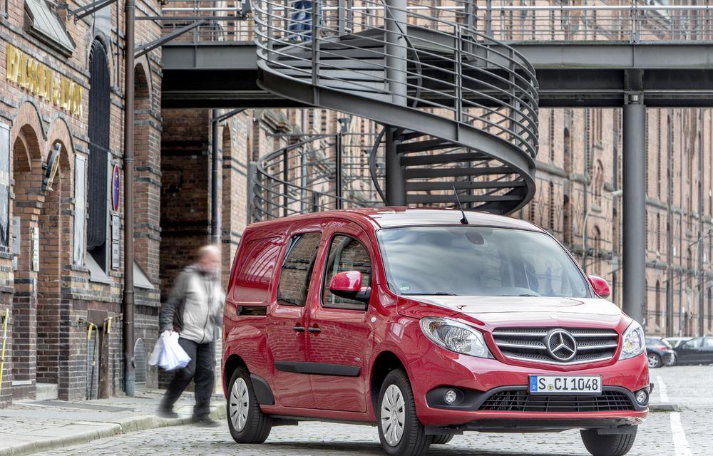 Mercedes-Benz Citan, fratele german al lui Renault Kangoo, primește un motor 1.2 benzină turbo și o transmisie automată - Poza 10
