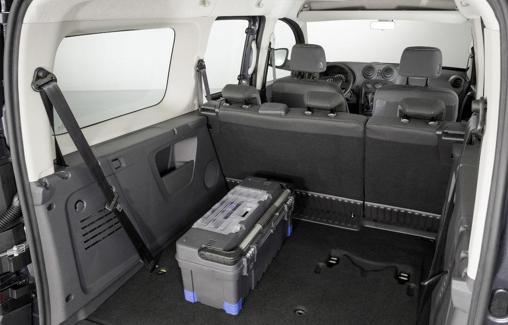 Mercedes-Benz Citan, fratele german al lui Renault Kangoo, primește un motor 1.2 benzină turbo și o transmisie automată - Poza 24