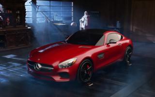 Nissan și Mercedes se bat pentru Moș Crăciun: GT-R sau AMG GT în locul saniei?